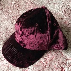 NWOT Vans crushed velvet hat